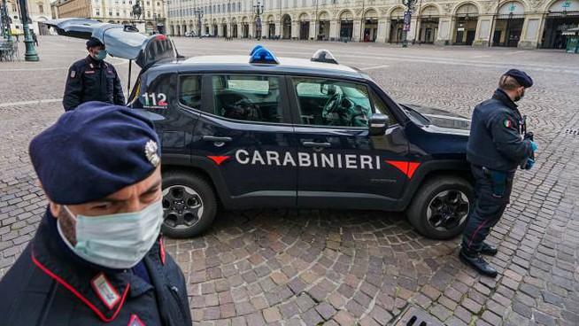 Crema News - Testa di maiale su un'auto