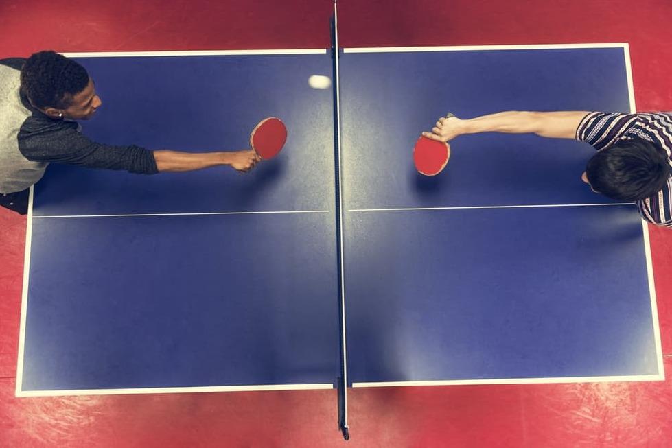 Crema News - Ping pong e calcetto per i militari