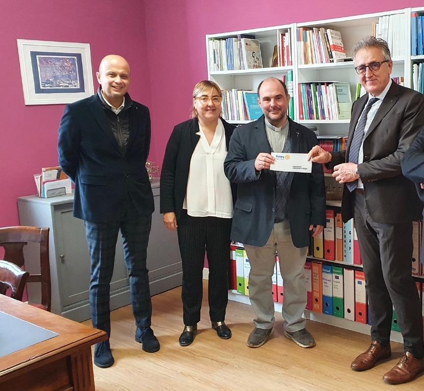 Crema News - Il Rotary aiuta il consultorio