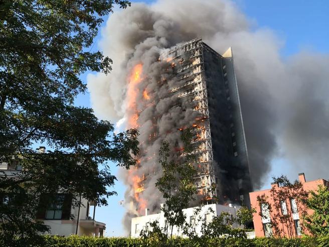 Crema News - A fuoco grattacielo
