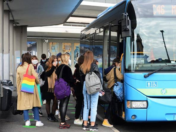 Crema News - Controlli agli autobus
